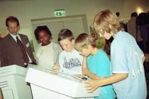 An interaktiven Lernstationen gibt es für große und kleine Besucher viel zu lernen.