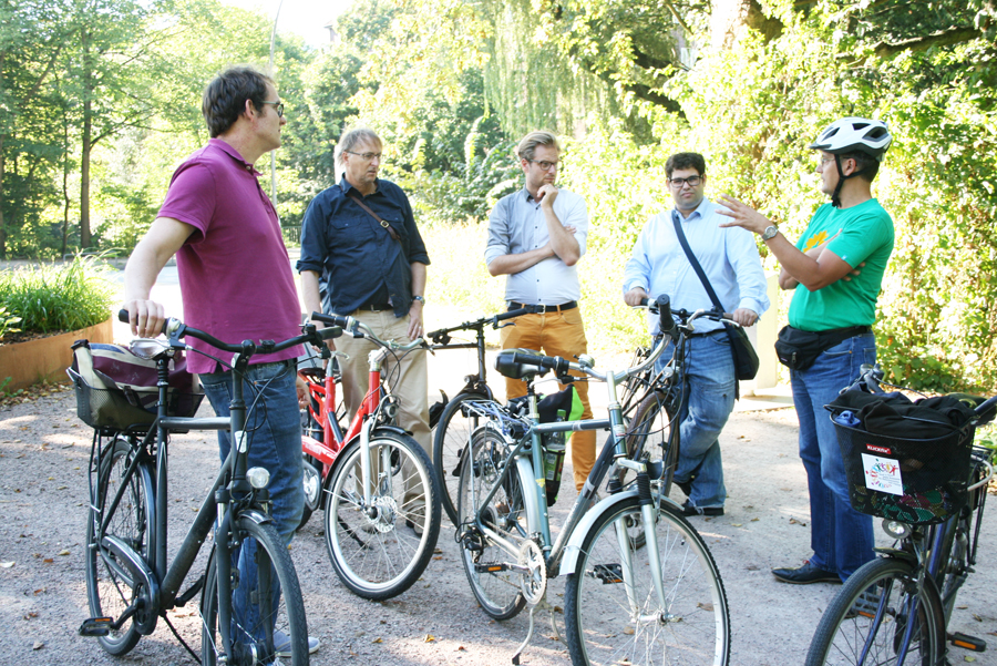Anjes Tjarks auf Sommertour im Bezirk Wandsbek